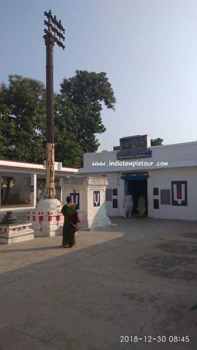 Sri Azhagia singa perumal-Thiruvelukkai
