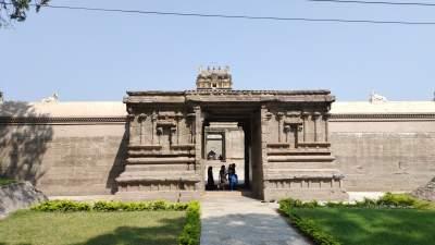 Somanatheeswarar Temple- Melpadi