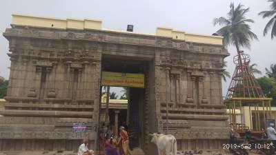 Sri Dhenupureeswarar temple - Madambakkam