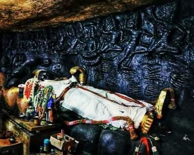 Sri Sathya Murthy Perumal - Thirumayam